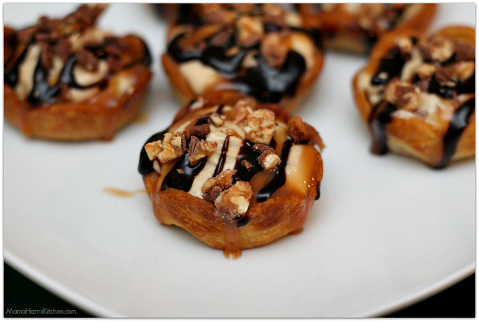 SNICKERS® mini pies for your BIG Game Day Party! #GameDayGlory AD   Mama Harris' Kitchen