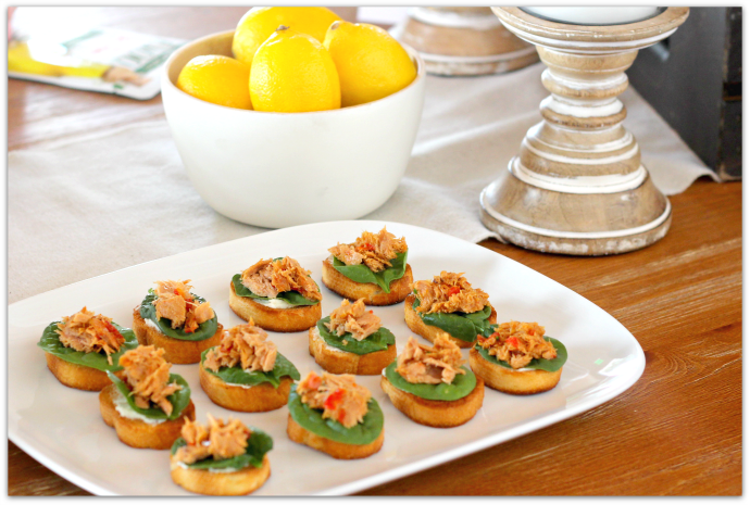 Fresh Entertaining Ideas with Tuna - Yellow Fin Tuna and Sun-Dried Tomato Crostini AD #StarKistSelectsEVOO