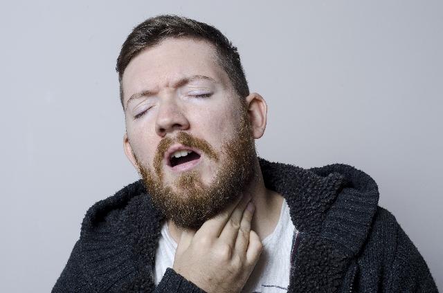 手足口病の大人の症状とは?!喉の痛みがツライ?他には?