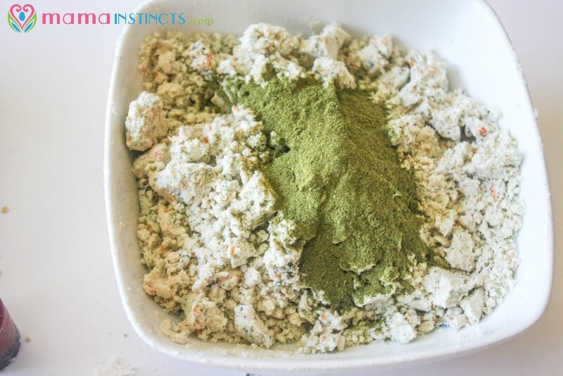 Taste safe moon sand recipe {with natural colors} – Mama Instincts