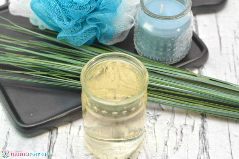 Diy Essential Oils And Apple Cider Vinegar Hair Rinse Mama Instincts