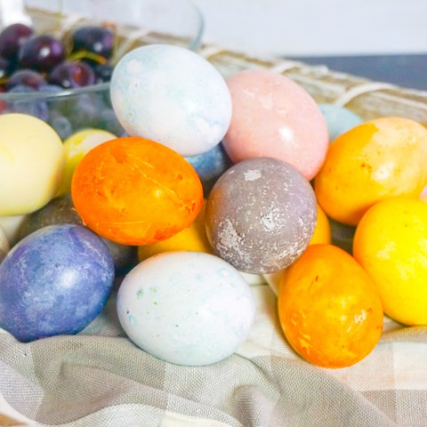 How to Dye Eggs Naturally In Minutes!