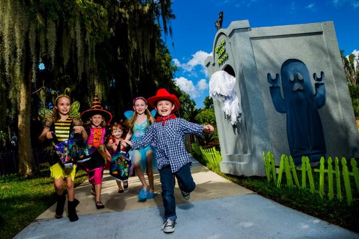 Brick or Treat at LEGOLAND Florida Resort! A Bricktacular Time - Guaranteed!