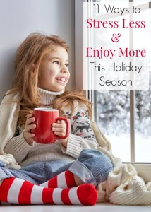 Is your entire extended family celebrating the Holidays at your house? Has the holiday stress worn you out, even before December starts? Don't miss these 11 tips to stress less and enjoy more! Christmas tips, Family reunion ideas and Motherhood sanity!