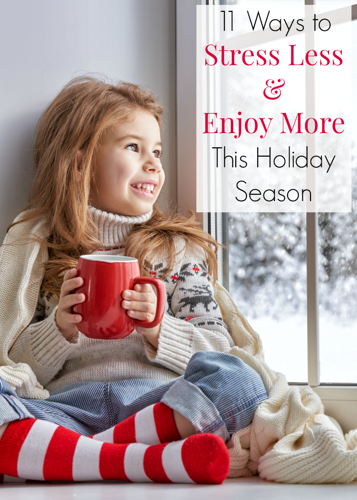 Is your entire extended family celebrating the Holidays at your house? Has the holiday stress worn you out, even before December starts? Don't miss these 11 tips to stress less and enjoy more! Christmas tips, Family reunion ideas and Motherhood sanity! #Motherhood #Holiday #HolidayStress #Christmas #StressFreeChristmas #Family #FamilyTime