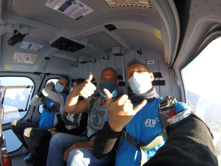baptême chute libre en hélico fly974 Tandem