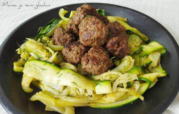 Mesne okruglice s pečenim povrćem