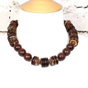 Lowri Dark wood nursing necklace 2 - Laurie dark wood short teething nursing fiddle necklace