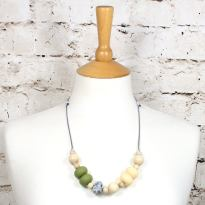 Gilly Pastels Olive teething necklace 1 - Gilly silicone teething necklace Olive green pastel