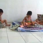 Supaya Si Kembar 3 Tak Kacau…