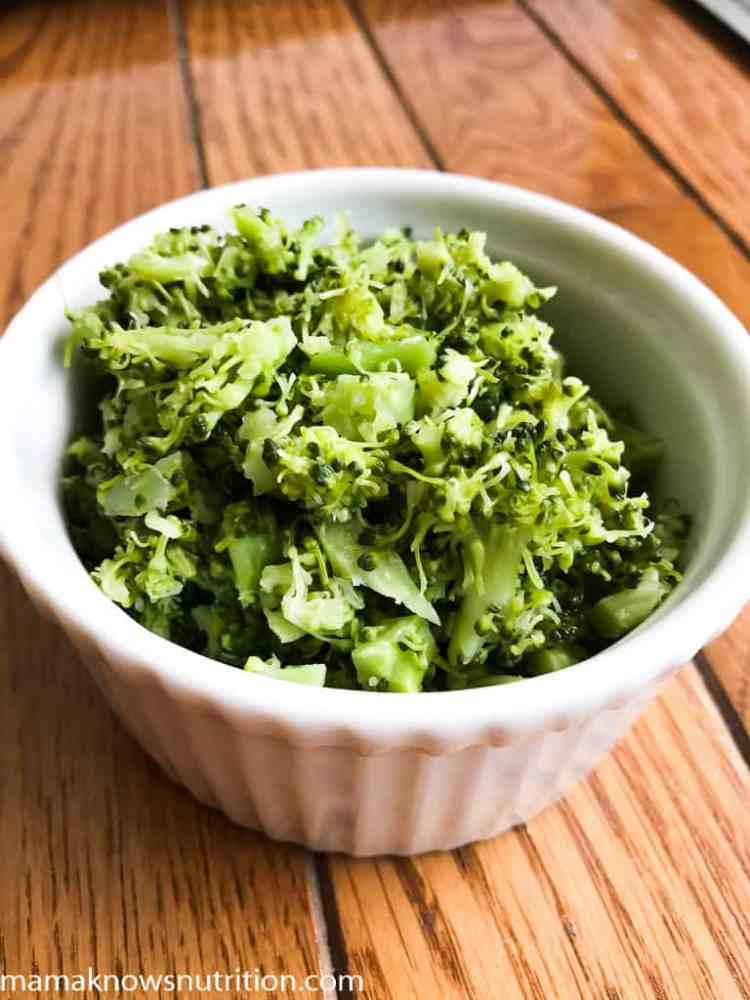 10 Ways to Get Your Kids to Eat Broccoli That You Haven't Tried Yet | mamaknowsnutrition.com