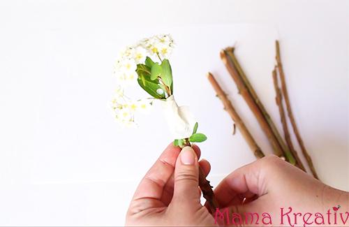 Malen mit Blumen-Pinseln