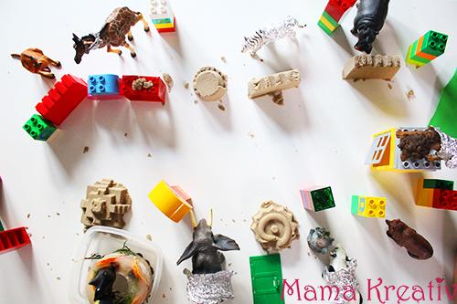 Zoo mit den Kindern basteln bauen kindergarten spielen mit lego kinetischer sand