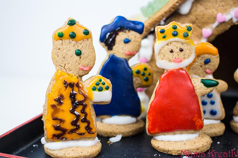 backen-mit-kindern-weihnachten-lebkuchenhaus-krippe-37