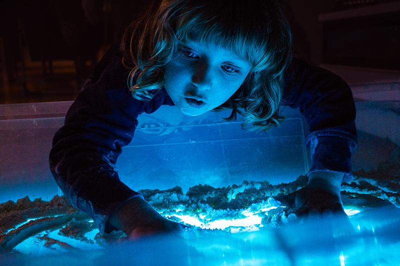 Leuchttisch für Kinder und erster Schnee