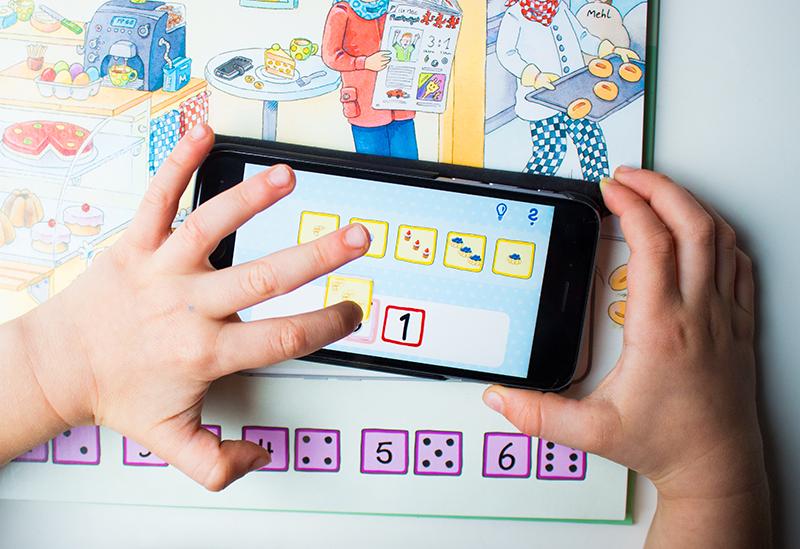 Buchstaben und Zahlen mit Kindern lernen buch bücher app carlsen clever (12)