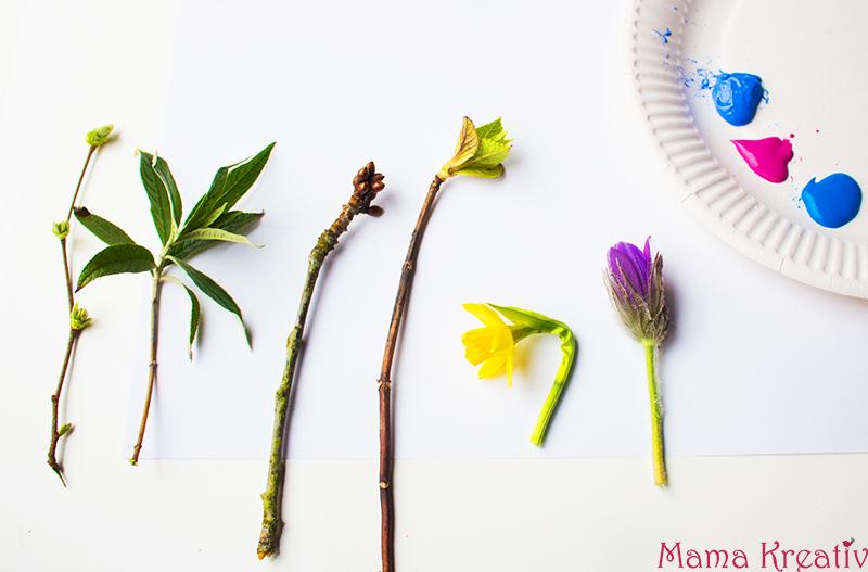 Malen im Frühling mit Kindern mit echten Blumen
