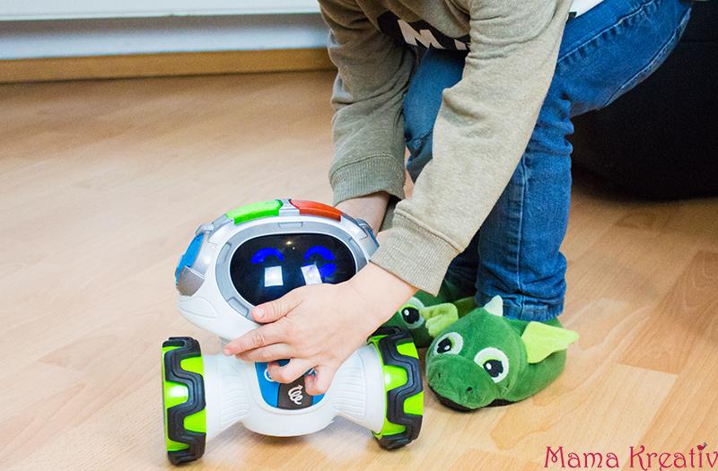 Lern-Roboter Movi im Test Weihnachtsgeschenkideen mit Fisher-Price