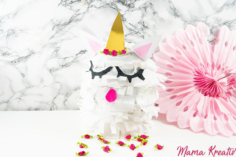 Einhorn Geburtstag Einhorn Pinata Party Ideen Rezepte Spiele Deko Einladungen Einhorn Kuchen Kindergeburtstag