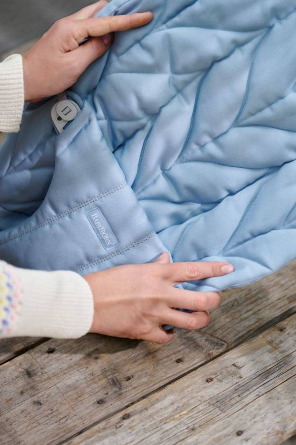 BABYBJÖRN gultukas Bliss Petal Quilt Cotton, Blue