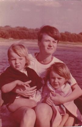 Mom,sister & me
