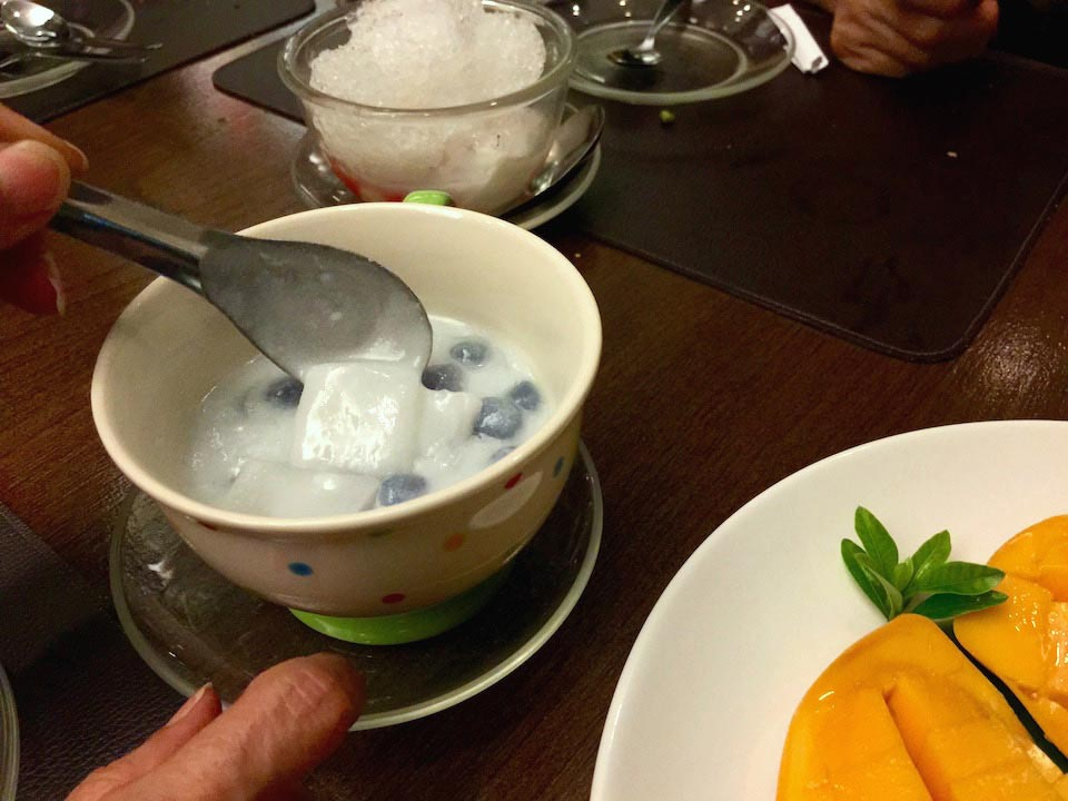 Warm coconut milk dessert
