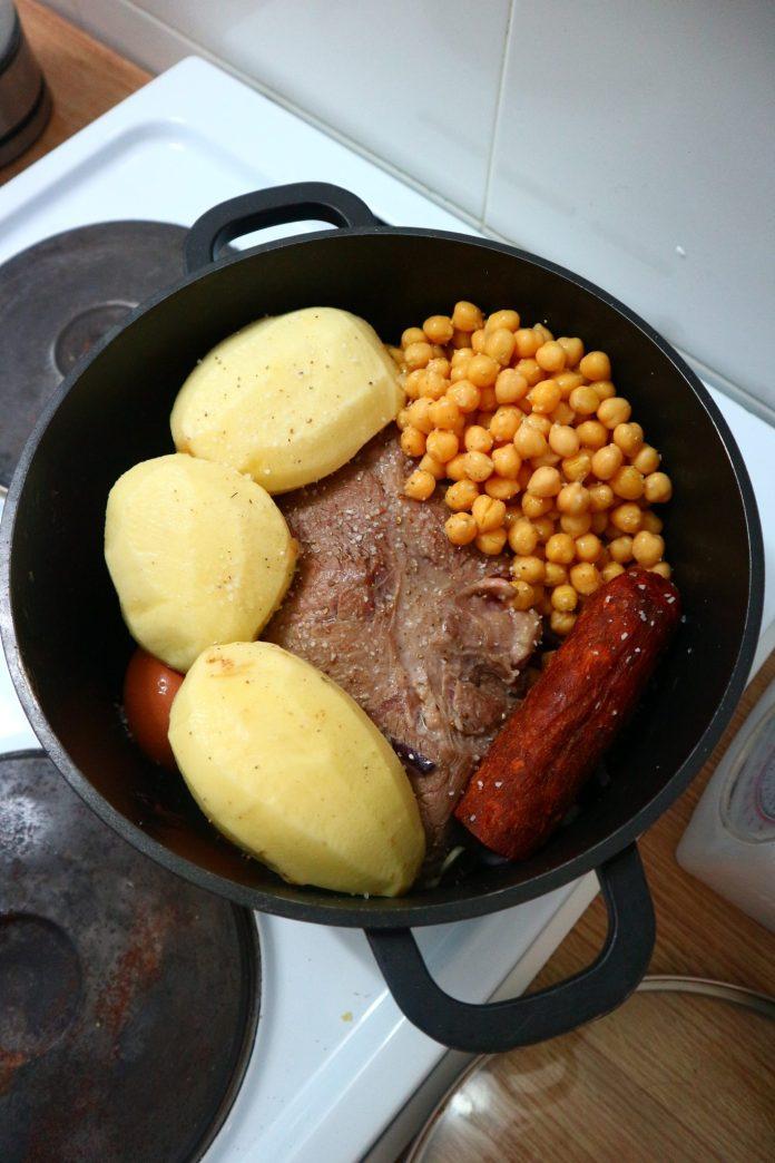 adafina in the pot