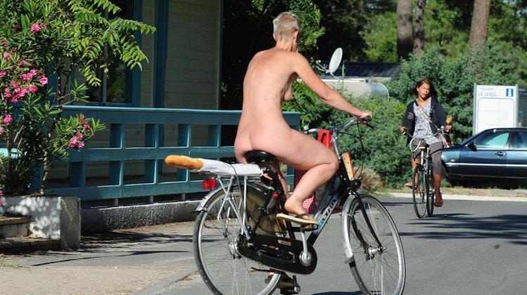 nudes in Paris