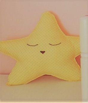 Cojín estrella (tela a disposición)