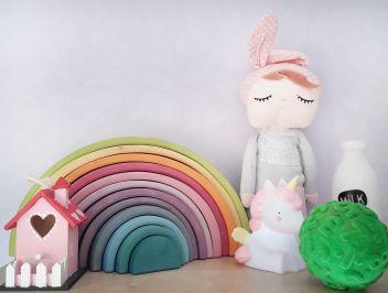 Adornos y juguetes habitación infantil