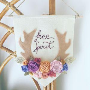 "Banderola ""Free spirit"" de Júpiter mum."