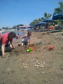 bilibaκια στην άμμο