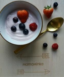 Favoriete ontbijtje kwark met fruit