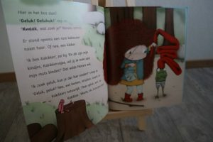 kinderboekenrecensie Norara.... waar is geluk? inhoudt midden