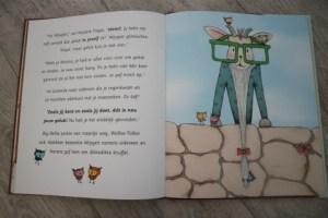 kinderboekenrecensie Norara.... waar is geluk? inhoudt einde
