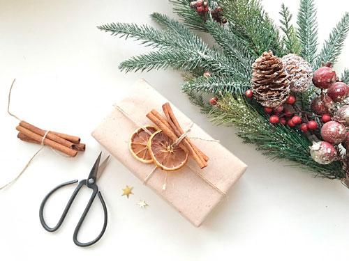 Enkel og smuk gaveemballage med dine egne hænder til det nye år 2