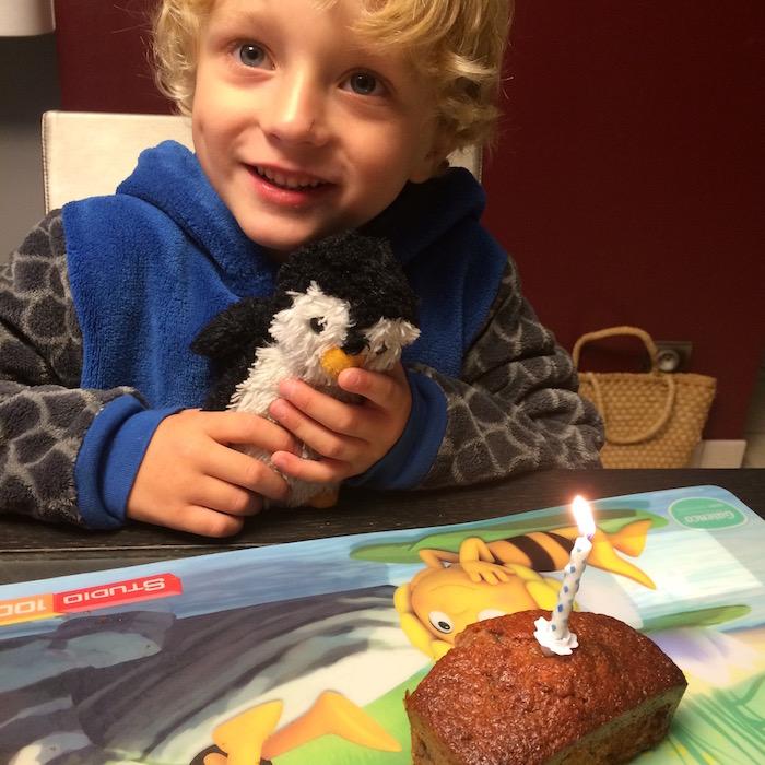 pingouin fête son anniversaire