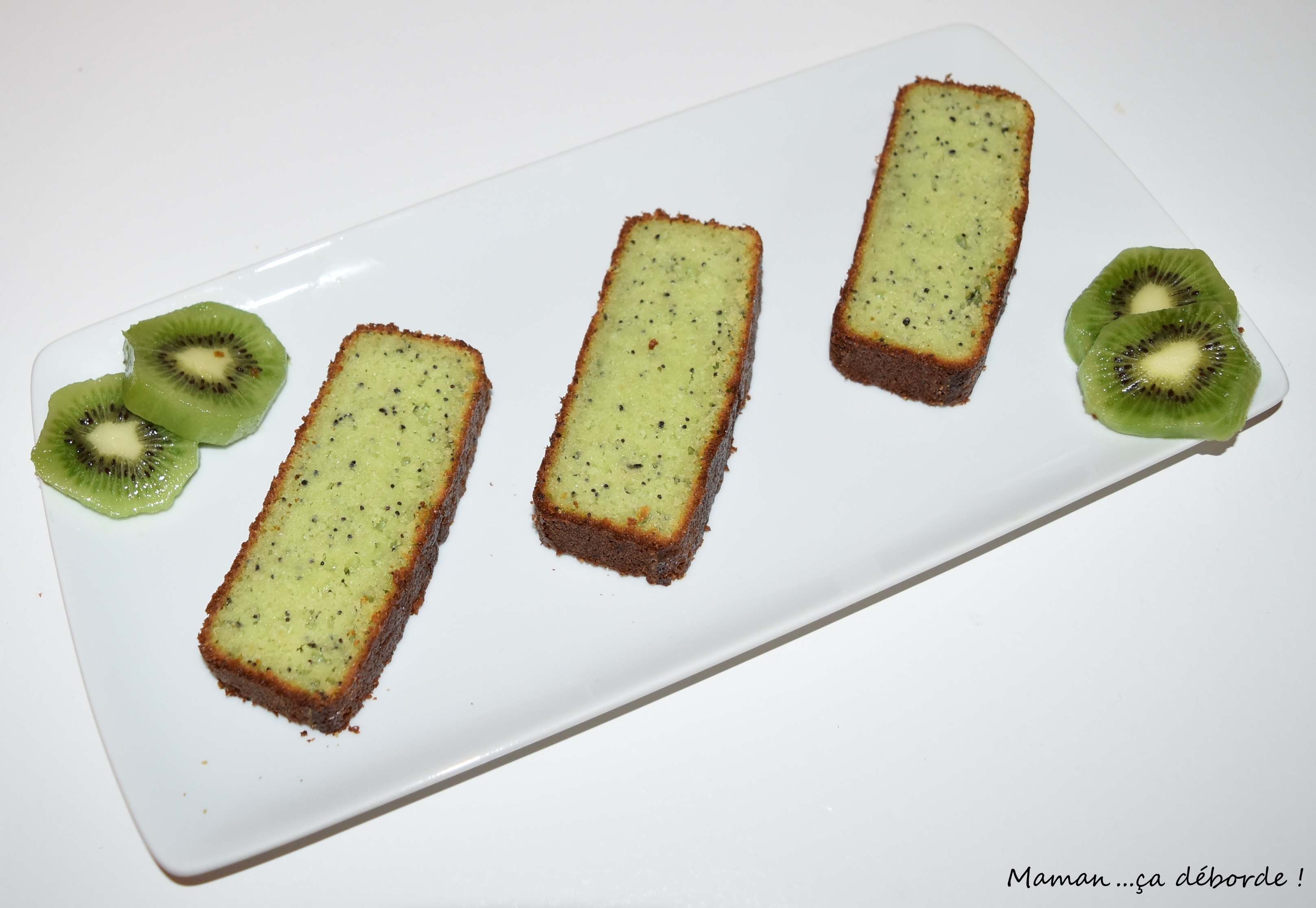 Gâteau amande kiwi pavot