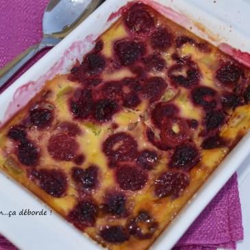 Clafoutis framboise et rhubarbe