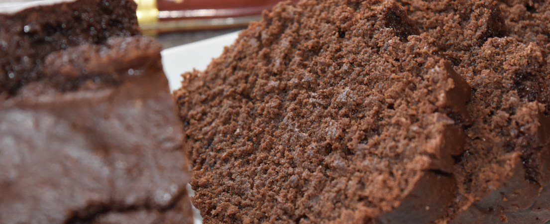 Gâteau chocolat, amande et sésame
