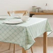 Nappe enduite en coton vert à motifs
