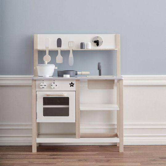 cuisine-pour-enfant-en-bois-gris-et-blanc-kid-s-concept