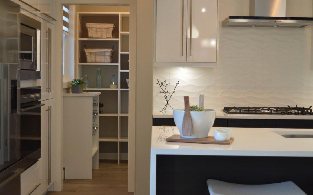 Une cuisine bien rangée pour des repas faciles à planifier!