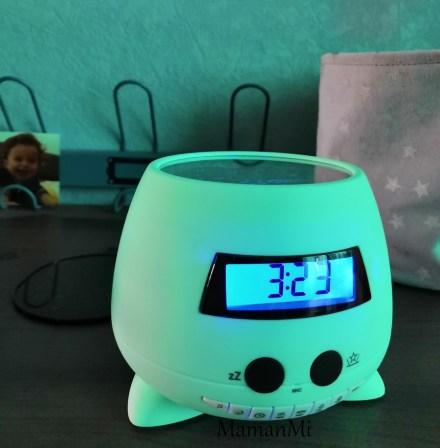 reveil-kid-mamanmi-blog-ozzy-projecteurs-réveil-bigben-novembre2018 7.jpg