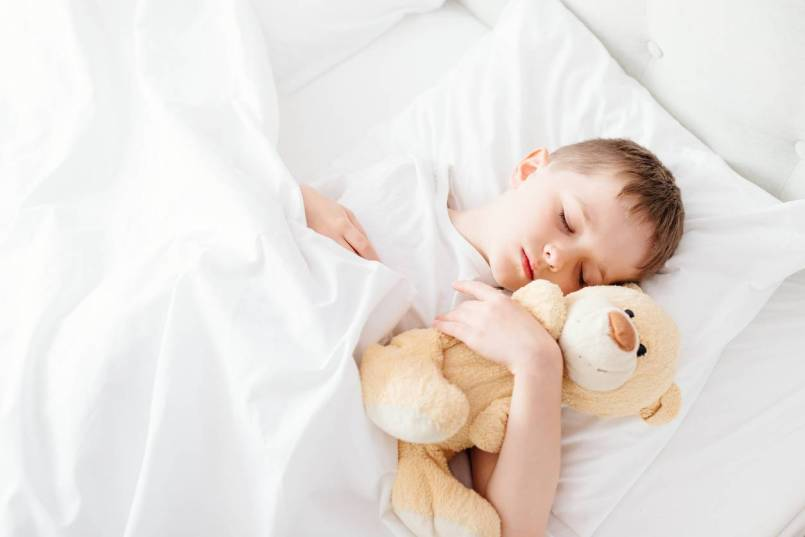 ameliorez-sommeil-couette-enfant