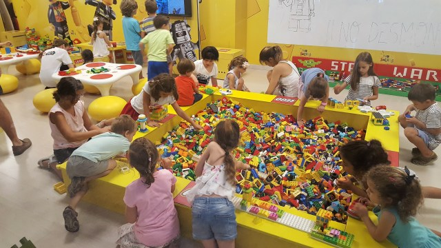 lego-fun-factory-diagonal (4)