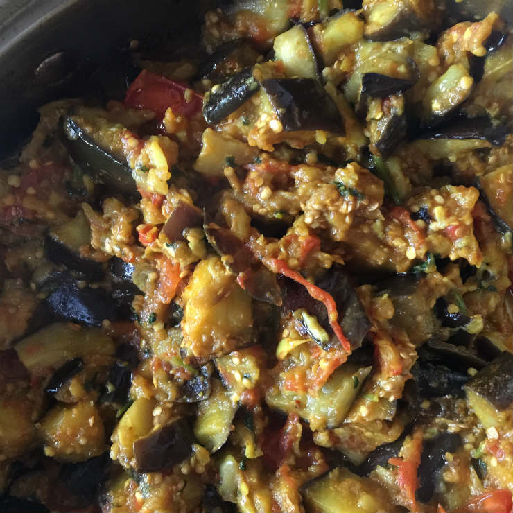 aubergines-mix-before-peppers-via-mamanushka-blog