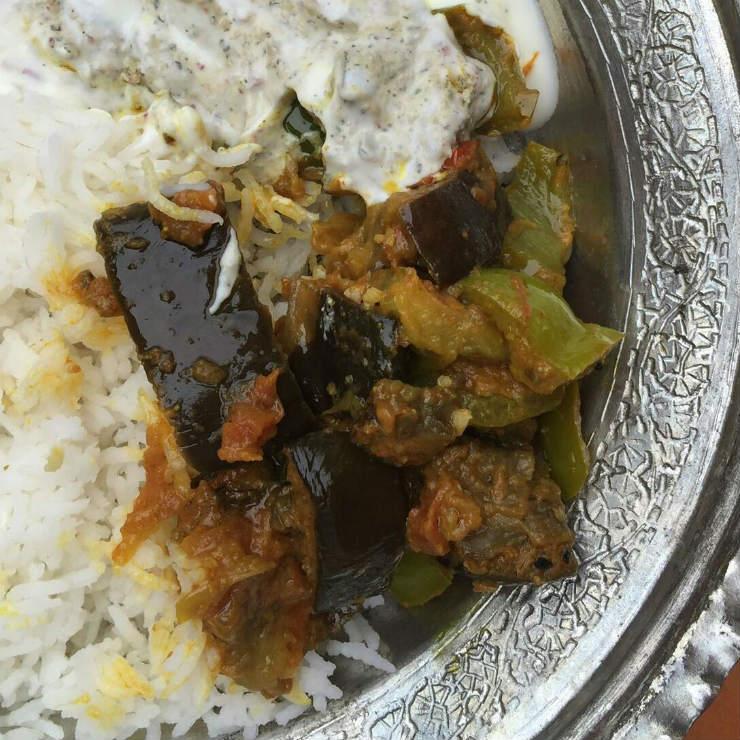 aubergines-serving-plate-via-mamanushka-blog