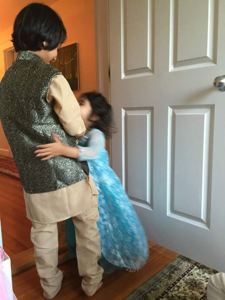 eid-hugs-via-mamanushka-blog
