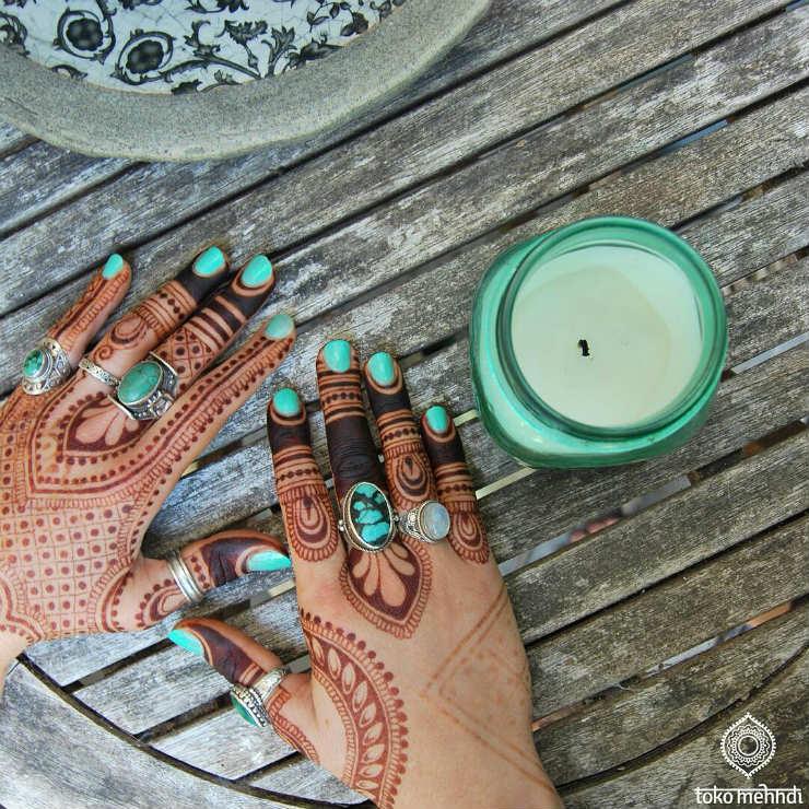 5-modern-mendhi-instagrams-tokomehndi-via-mamanushka-blog